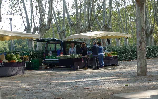 colònia güelll mercat pagesos