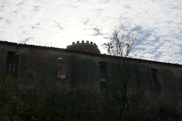 Colònia Güell Torre Salvana Coves