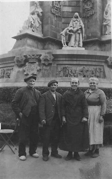 colonia guell-1941.Avi-Aleix.Gaudencio