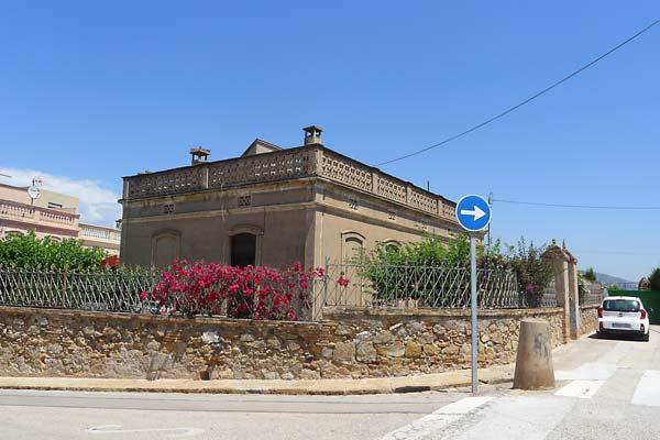 Aleix Font Colònia Güell Monturiol