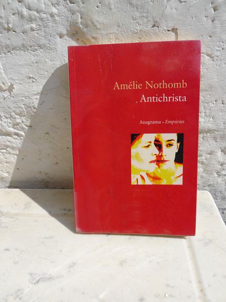 Amélie-Nothomb-Antichrista